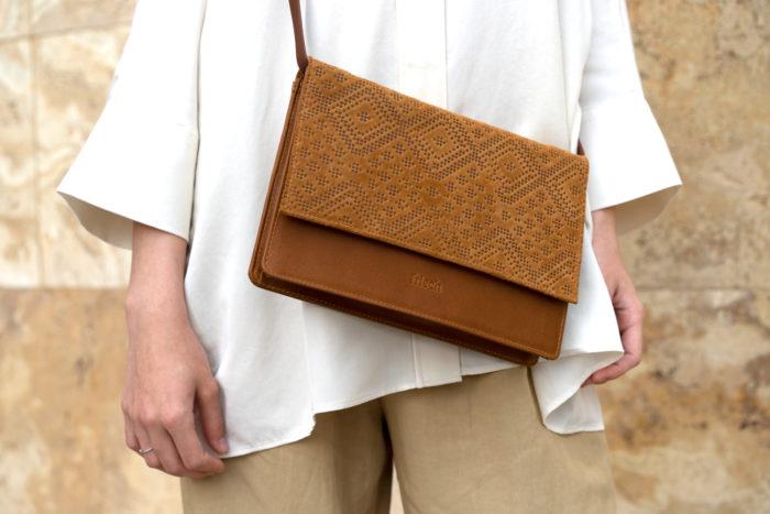 Handtasche von frisch Beutel mit Boho Prägung in braun