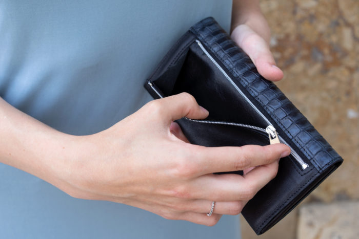 Reißverschluss Fach einer Geldbörse für Damen