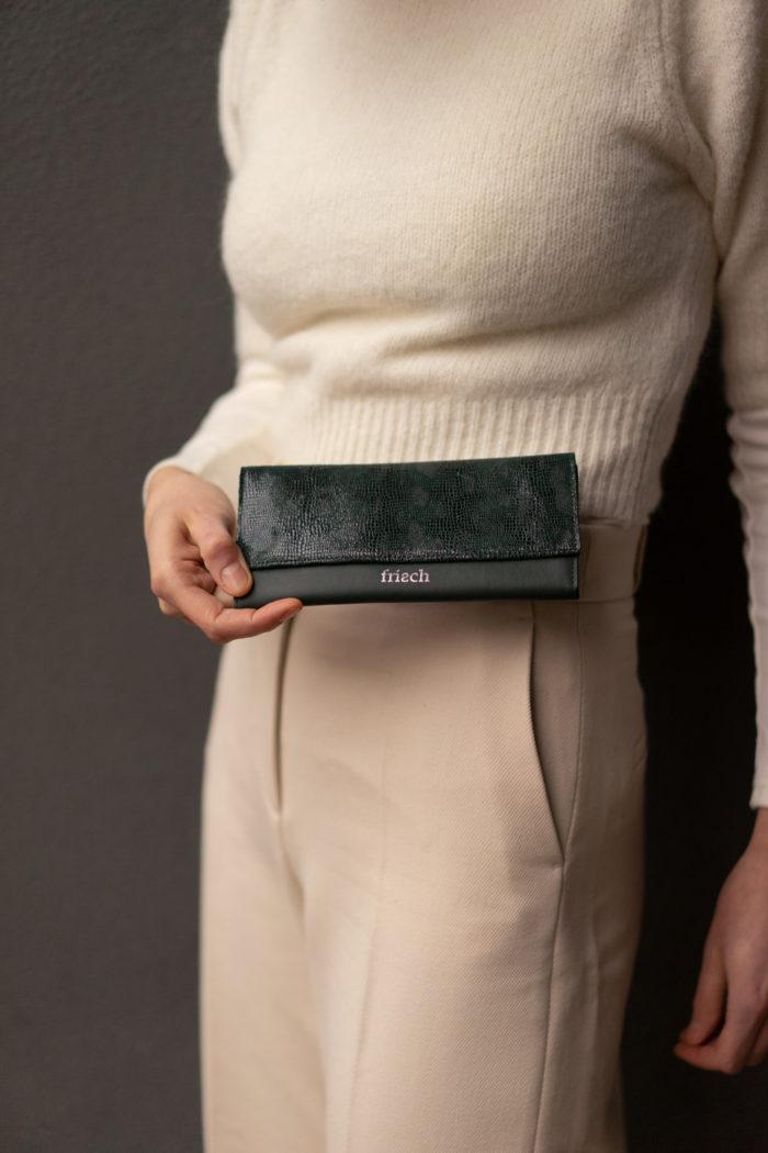 Dunkelgrüne Geldbörse für Damen aus Leder mit Schlangenmuster