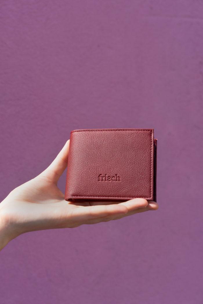 Produktbild Brieftasche aus Apfelleder in Bordeaux