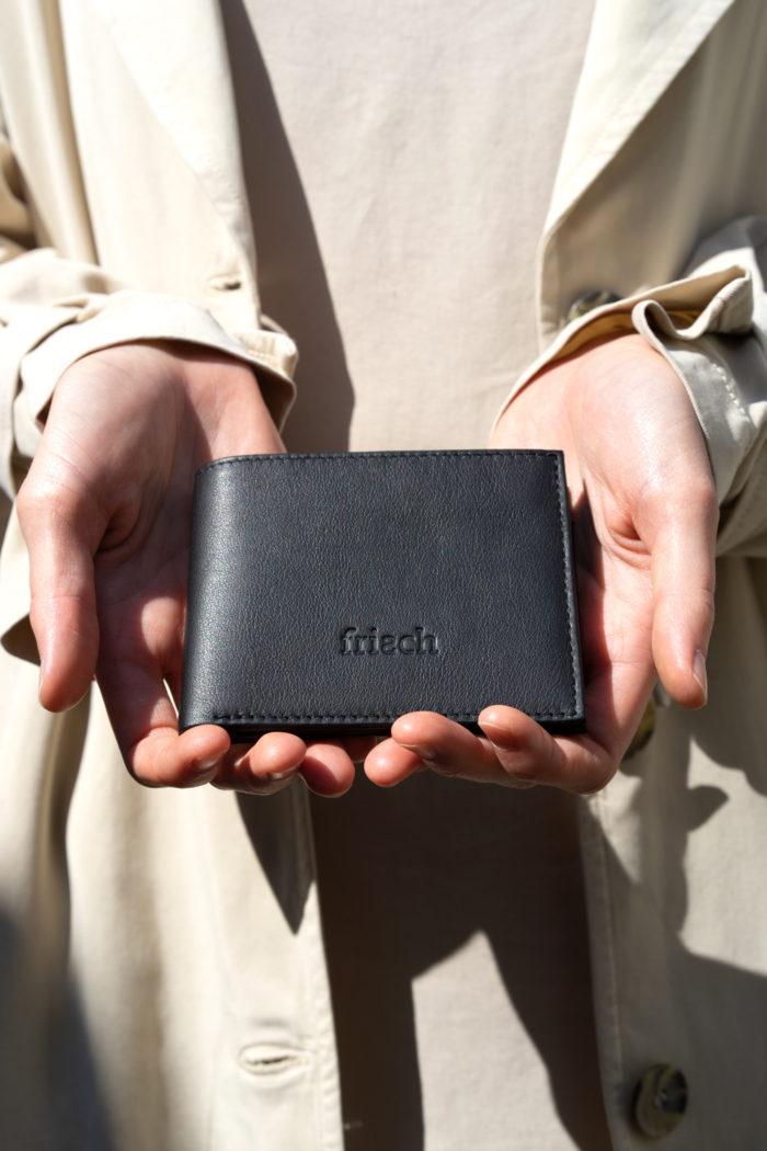 Produktbild Brieftasche Nacht mit Blindprägung